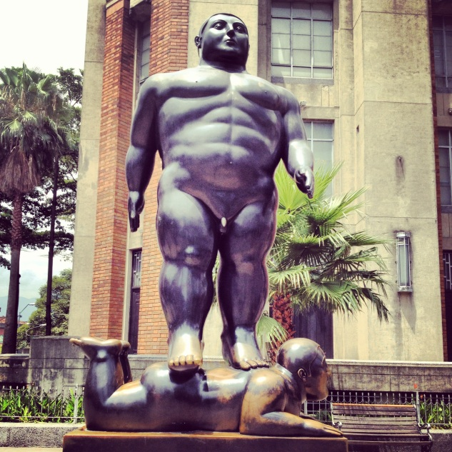 El Botero statues around the town