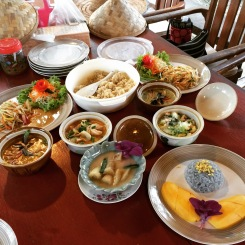 Thai cooking class was completed successfully. Green curry, tom yum soup., mango sticky rice... all in the order when I'm back in the US