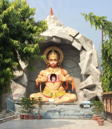 Hanuman Statue in Ram Jhula