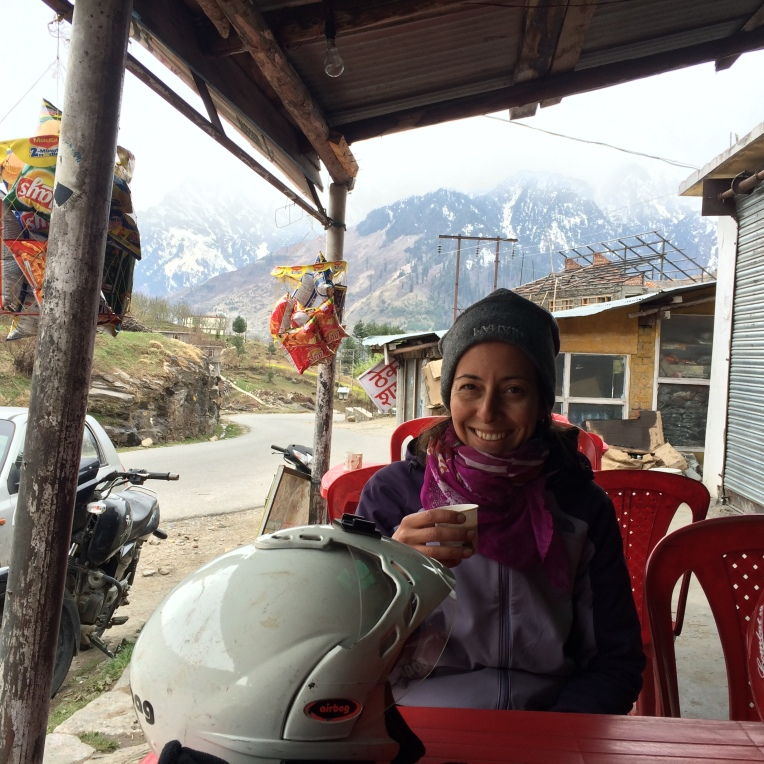Chai stop on the road to Solang Valley