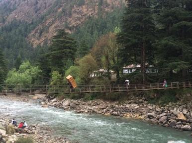 The footbridge over the Parvati River